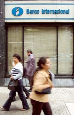 fachada_banco_internacional.jpg